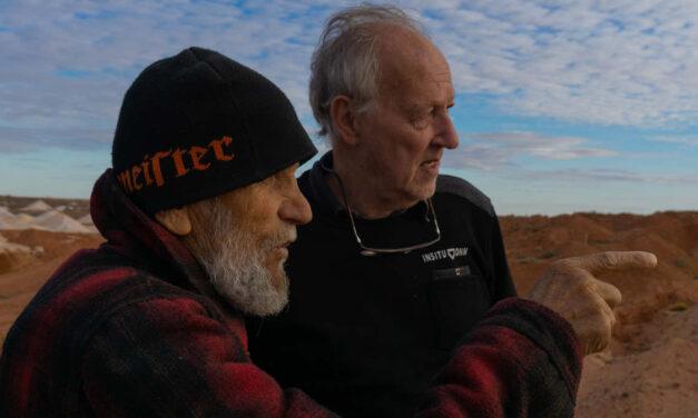 A Proposito di Nomad: In cammino con Bruce Chatwin – La Recensione